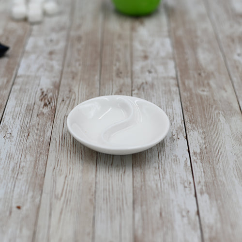 [A] Fine Porcelain Divided Soy Dish 3.5