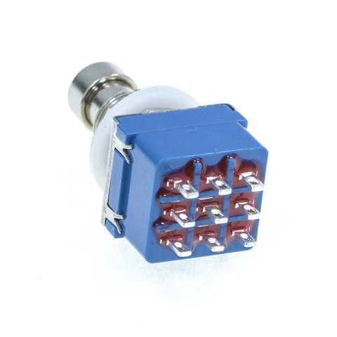 <b>FS3PDT-LS</b><br>3PDT <i>Latching</i><br>Solder Lug<br>Footswitch