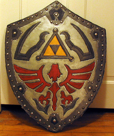Hero of Legend Deluxe Shield