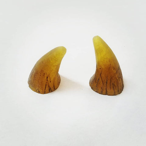 CUSTOM COLOR : Aradani Resin Glue-on Horns - Small in Aged Bone Translucent Yellow