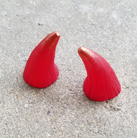 CUSTOM COLOR : Aradani Resin Glue-on Horns - Small red with copper accents