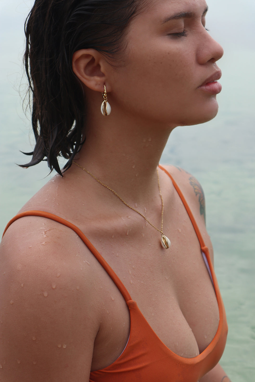 Natural Puka 18K Gold-Plated Earrings & Necklace Set