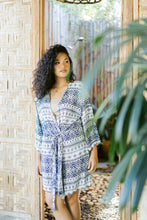 "Load image into Gallery viewer, ""Mala"" Kimono, Aztec Print"
