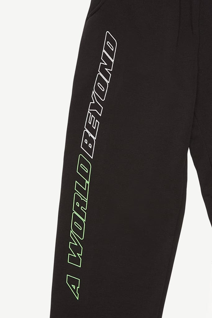 WORLD BEYOND JET SWEATPANTS