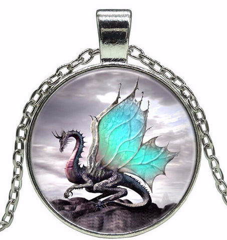 Dragon Fantasy Pendant Necklace (2 Colors)