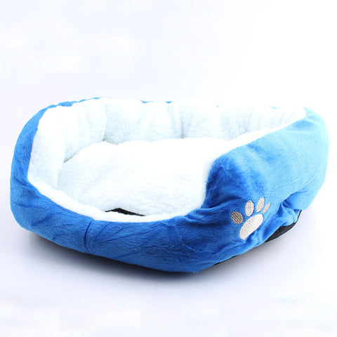"""Paw Print"" Fleece Pet Bed (6 Colors in 2 Sizes)"