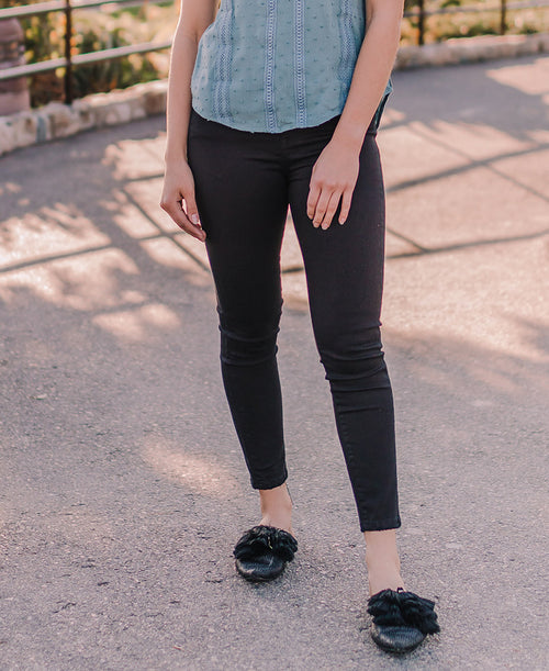 Black High Rise Skinny Crop Jeans (VT514)