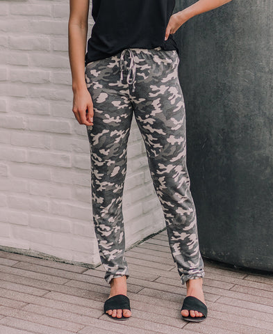 Heather Gray Floral 'Corbyn' Jogger Pants (15092)