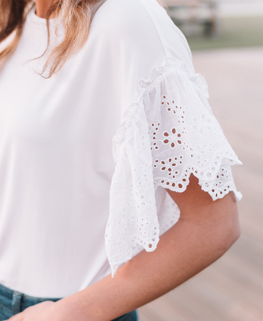 Eyelet Sleeve Top (TC2360H)