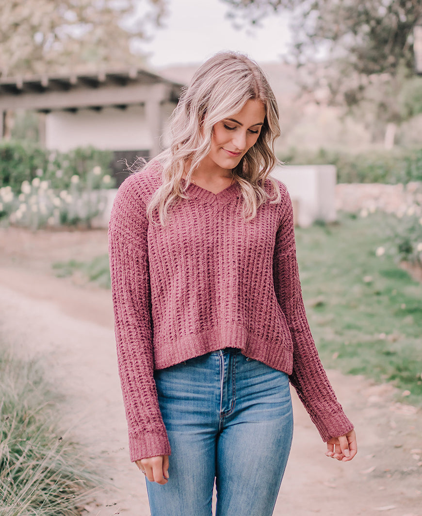 Mauve Crop V-Neck Pullover Sweater (W9018)