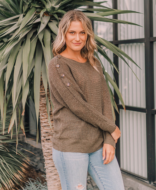 Loose knit olive green button sleeve fall fashion pullover sweater