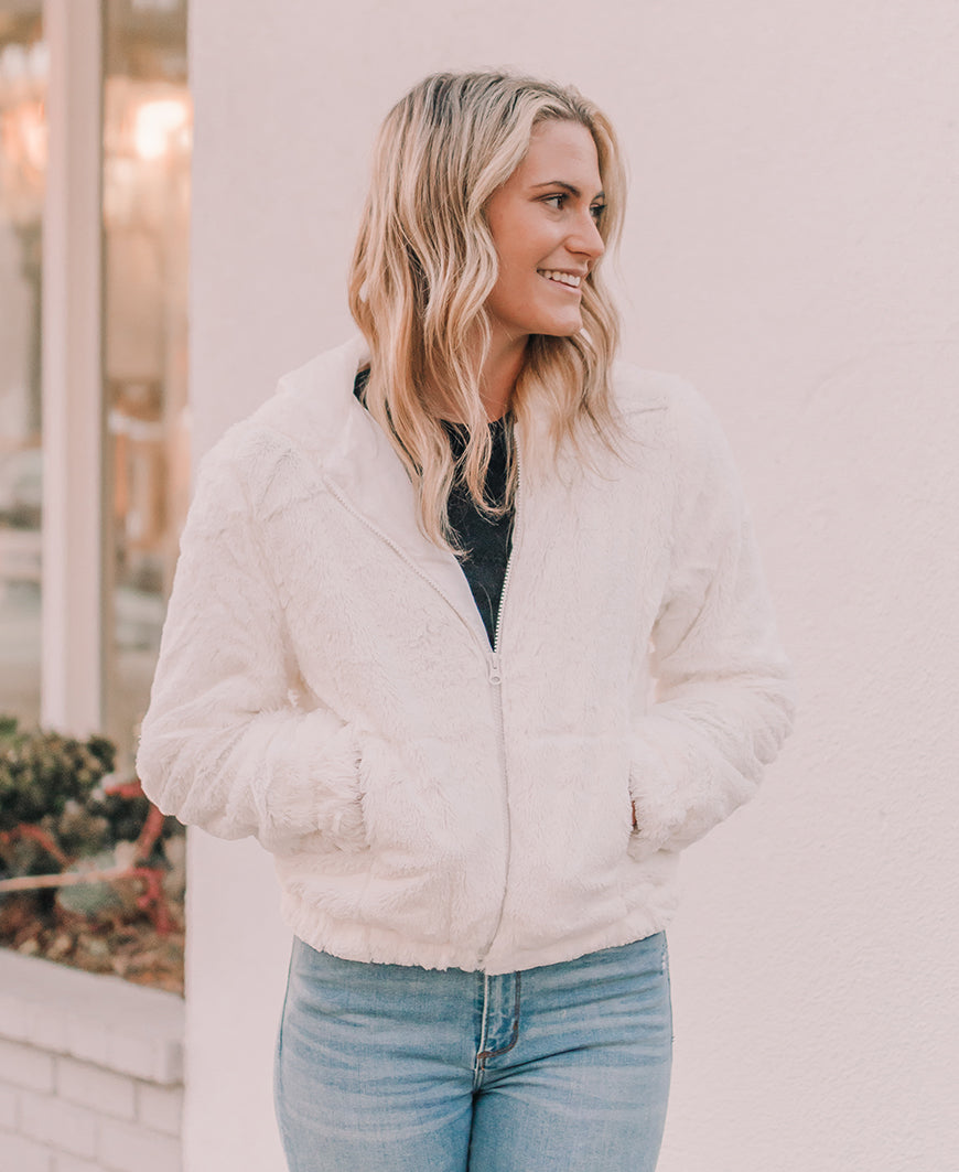 Ivory Faux Fur Zip-Up Hoodie Jacket (70569)