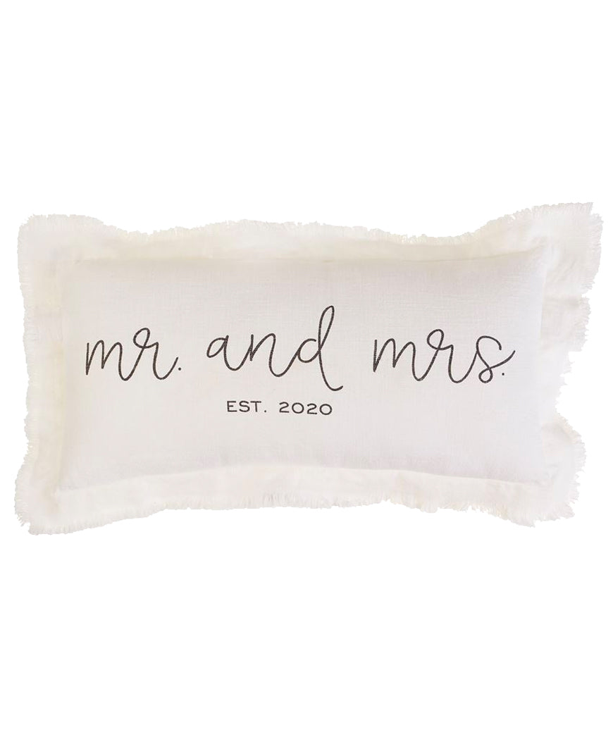 Mr & Mrs 2020 Pillow (41600308)
