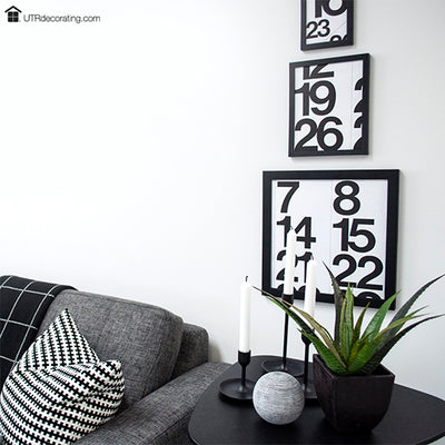 How to hang pictures vertically using Hang & Level