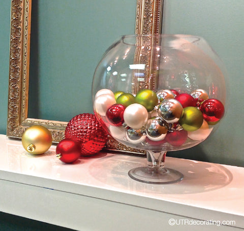 Speedy Holiday Decorating Idea: Festive Glass Bowl