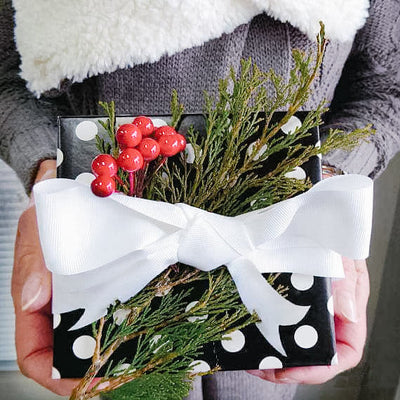 Easy Gift Wrapping Tips for the Holidays