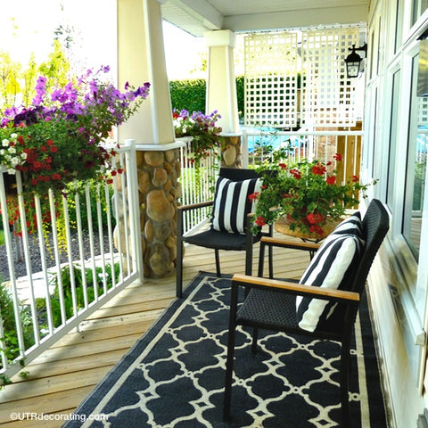 Enjoy Your Front Porch… In Privacy!