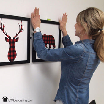 How to hang 3 picture frames in a perfectly straight row