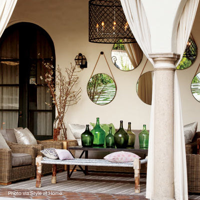 Decorate your outdoor space with mirrors
