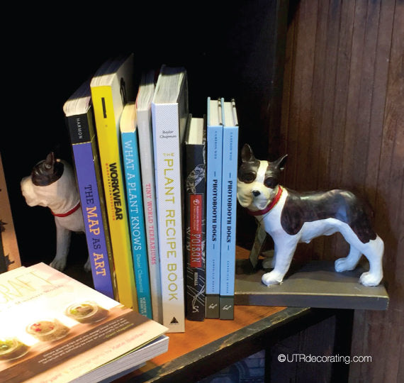 Bookends for pet lovers