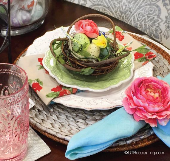 Easy Easter table setting ideas: birds' nest decorations