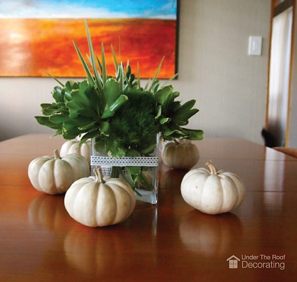 Halloween decorating with pumpkins