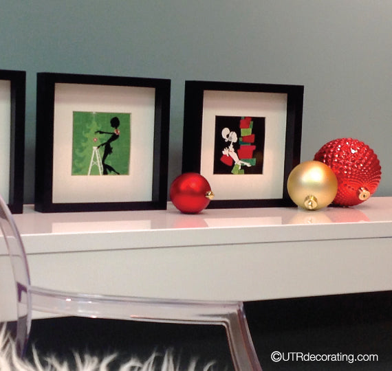 quick holiday decorating idea: Pop cards into picture frames to create a Christmas vignette