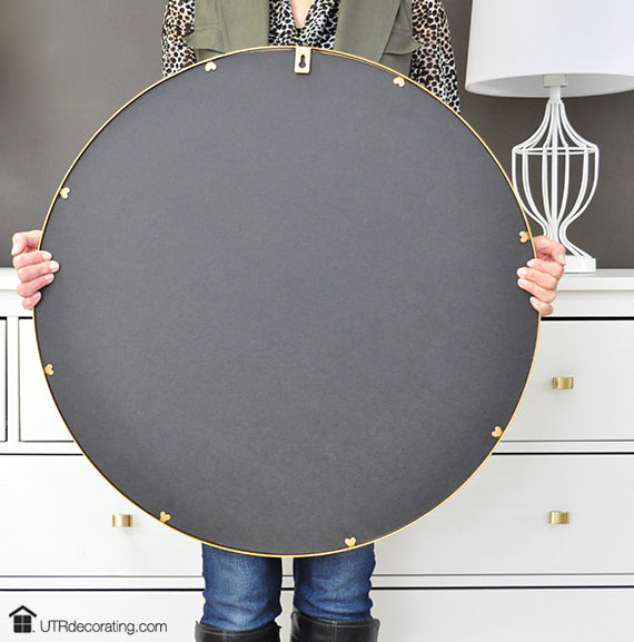 Hang & Level makes hanging this large mirror quick and easy, and with Déco Screws guarantee that it's secure.