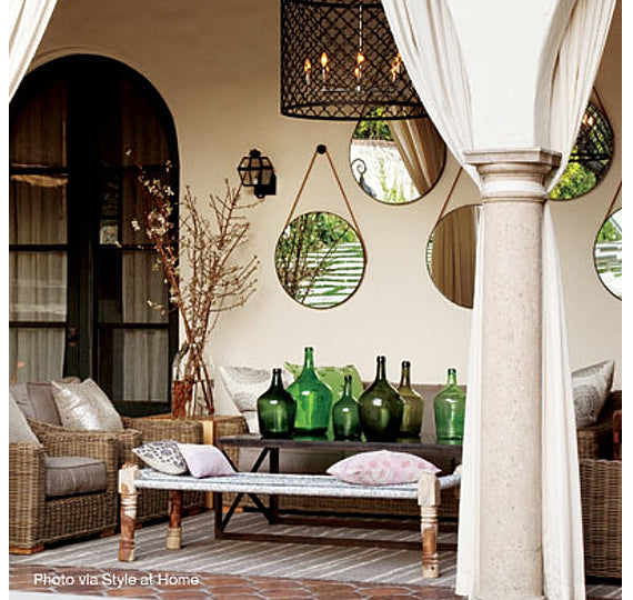 Decorating outdoor with mirrors