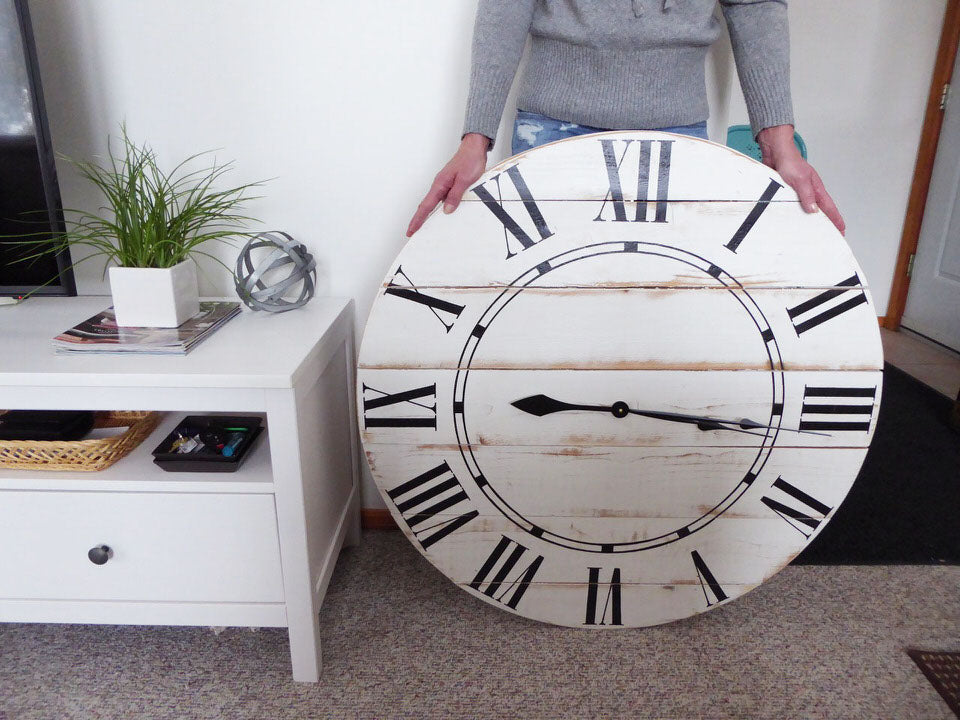 size of clock