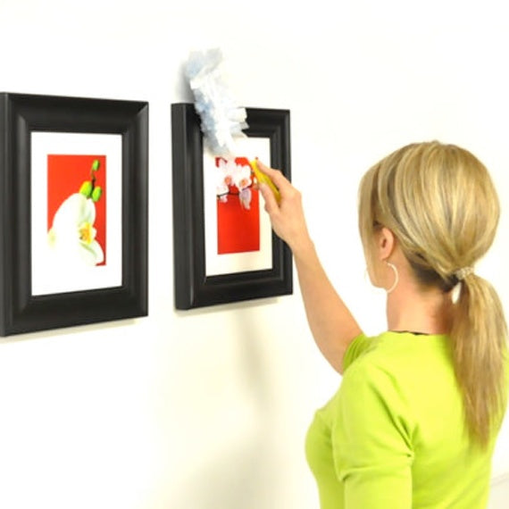 Picture Hanging tips Keep frames straight