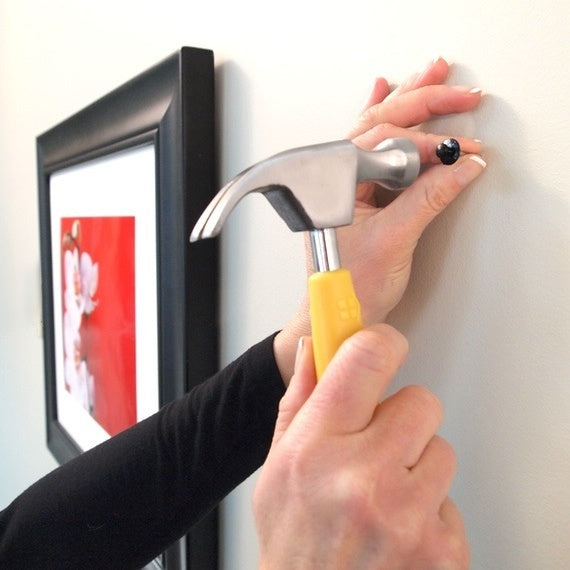 Using Deco Hammer to hang picture frames