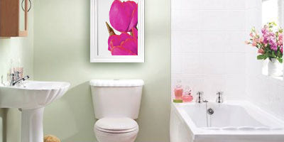 Is It Ok To Hang Pictures In A Bathroom Utr Decorating