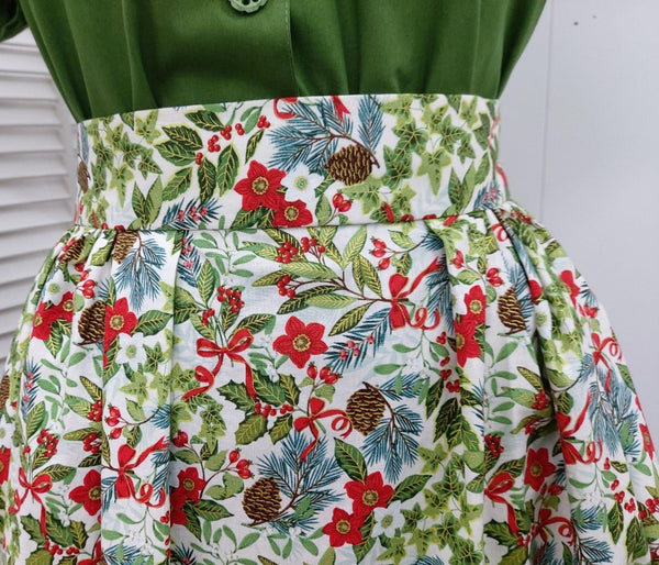 It's So You!-Christmas Print Skirt - Pinecone Floral