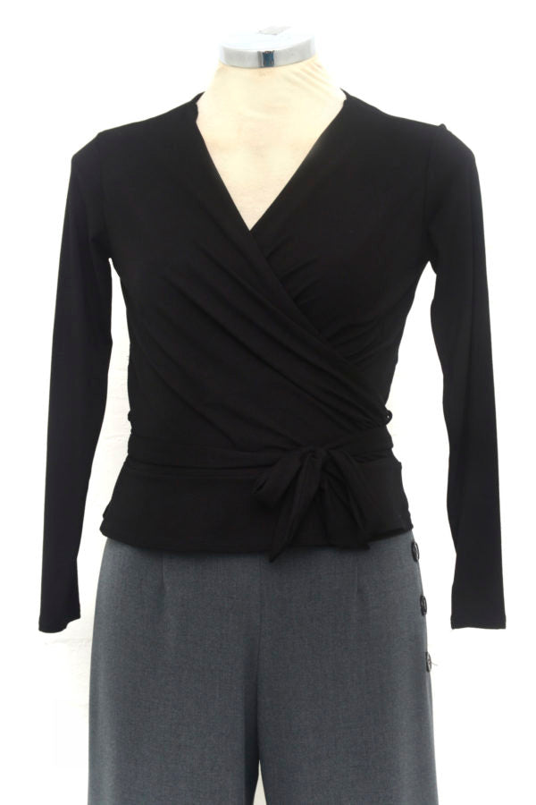 Lillian Wrap Top In Black