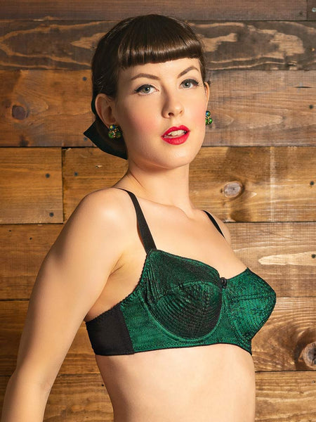 What Katie Did-Gilda Bra Green & Black French Lace