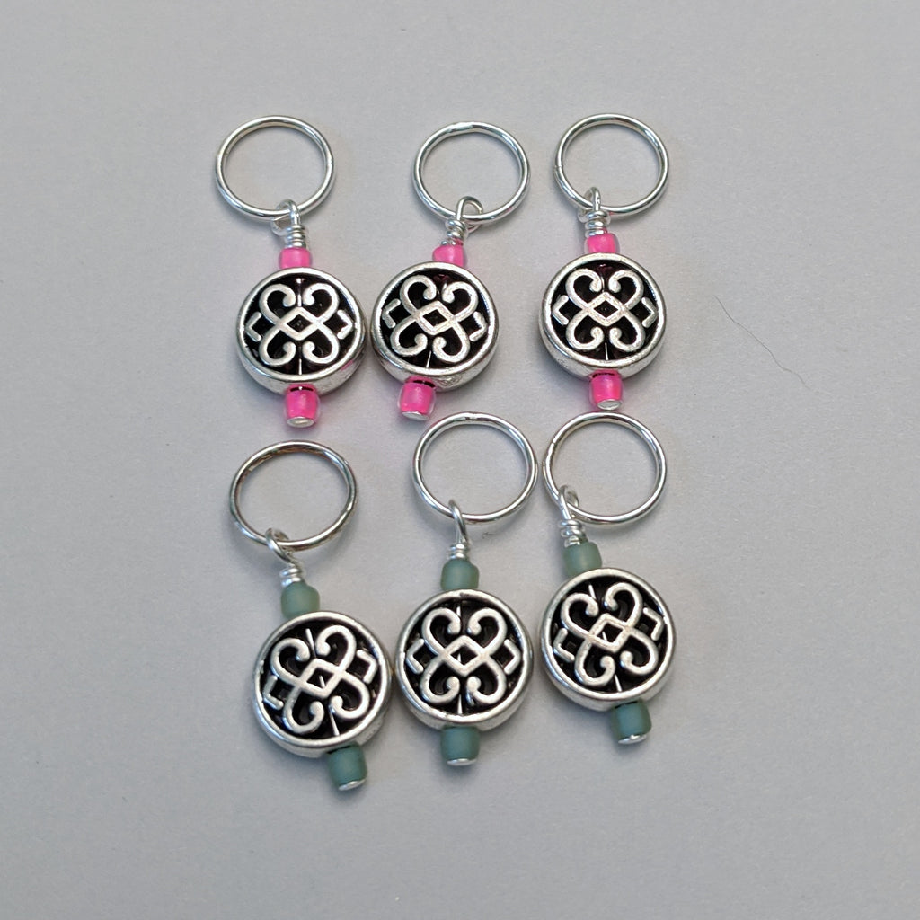 Fancy Knot Stitch Markers