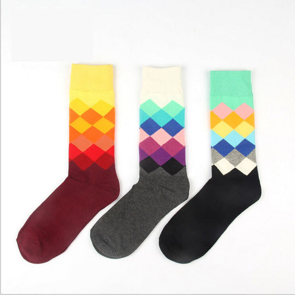 Mens Colorful Gradient Diamond Combed Cotton Socks
