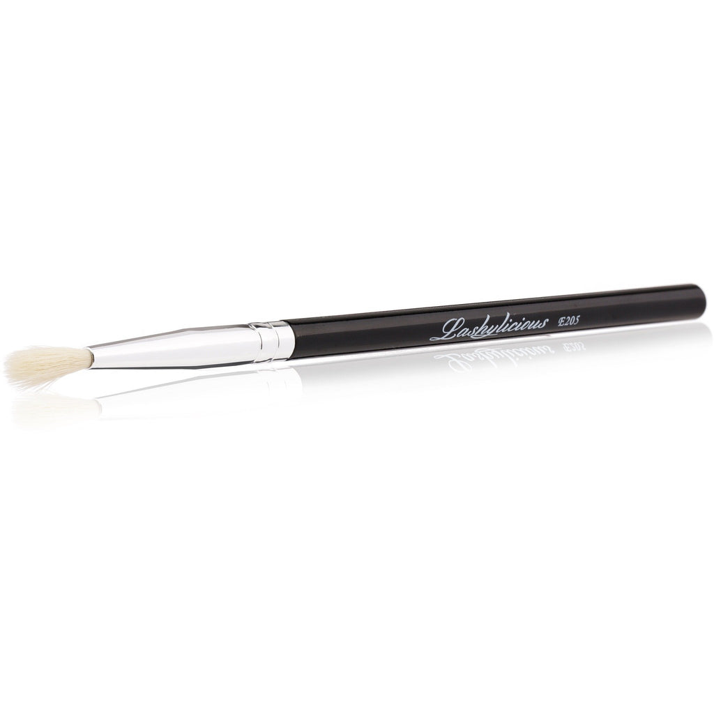 Detailed Blending Eye Brush E205 - Lashylicious