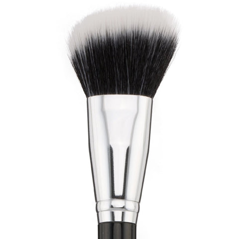 Angled Bronzer Brush F202