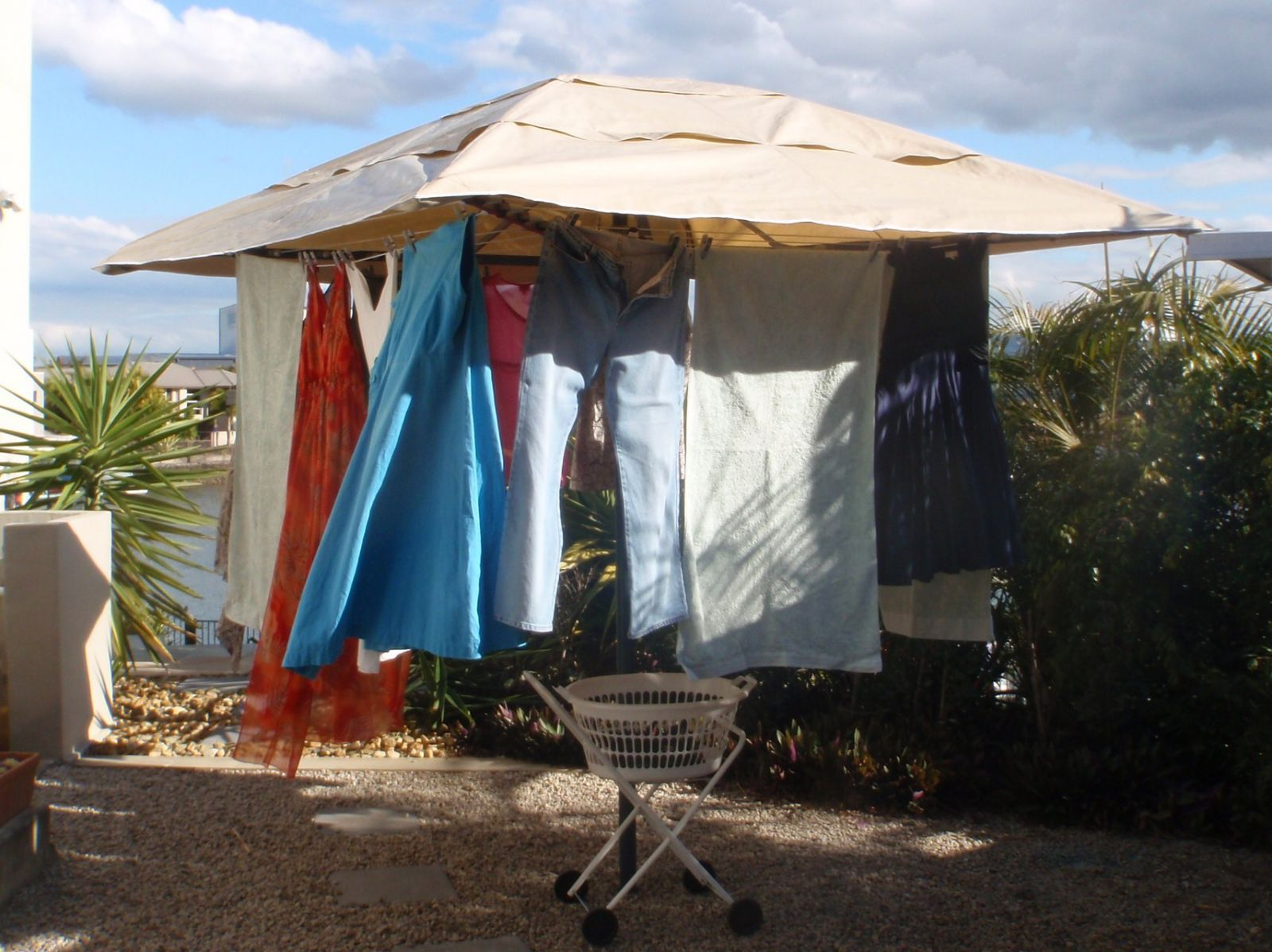 rotary clothesline cover