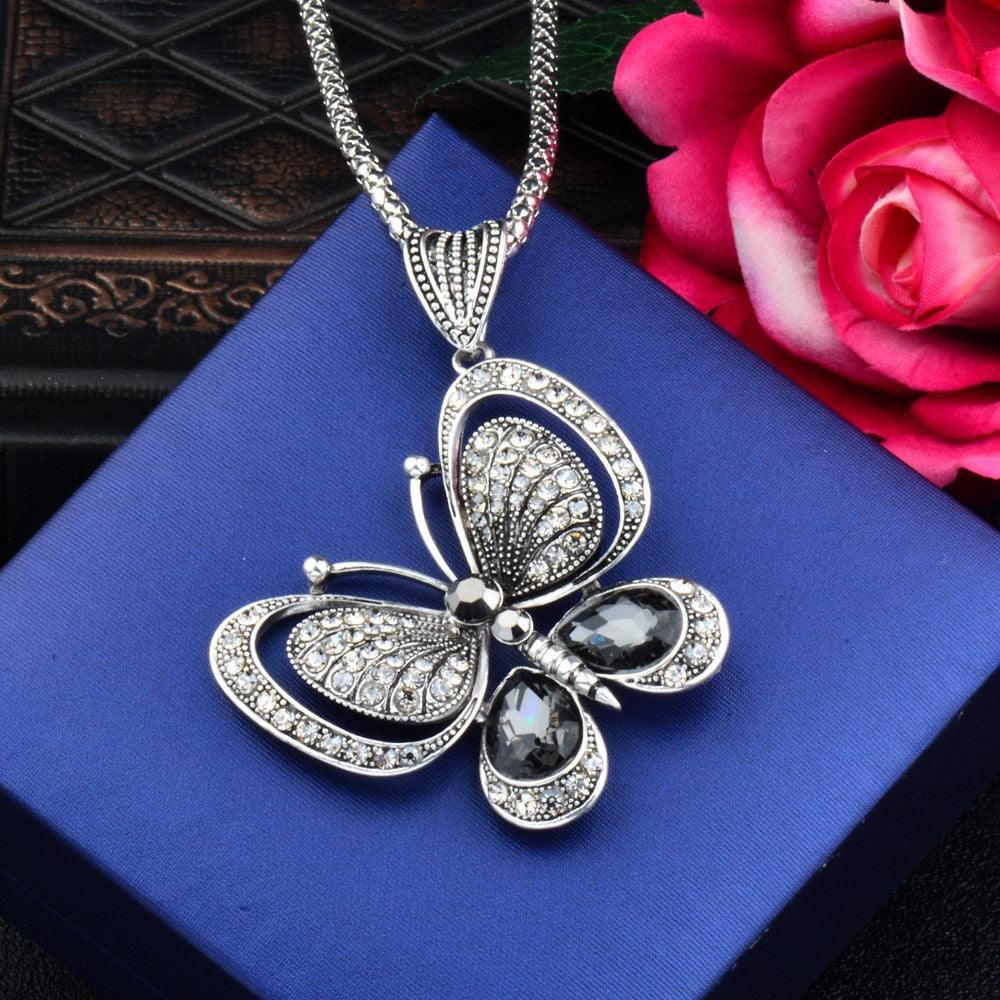 Vintage Butterfly Pendant Necklace Teenimal