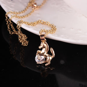New Lovely Women's Pendant Necklace Charm Rhinestone Horse Sweaters