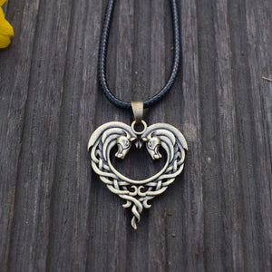 Hot Sale Horse Lovers Heart-Shaped Necklace