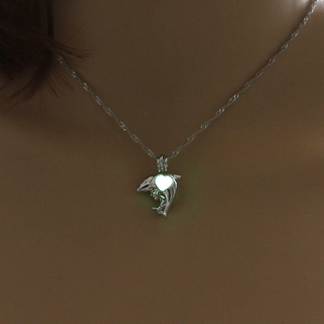 New Arrival Dolphin Necklace Glow in the Dark Luminous Pendants & Necklaces