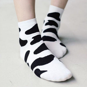 2018 New Women Socks Cute Black White Cow Pattern