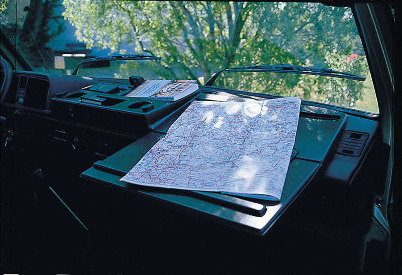 Dash Organizer with Table