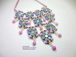 Painted Lily Necklace blue 3