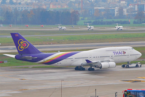 Thai Airways International Boeing 747-400