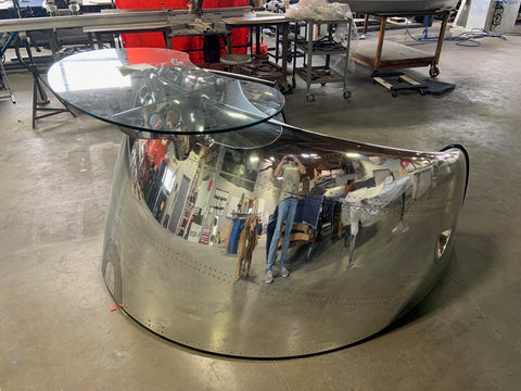 shiny DC-8 cowling desk